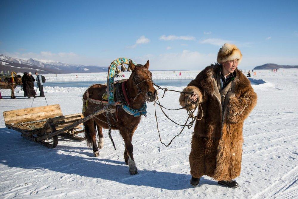 mongolia-ice-festival03.jpg