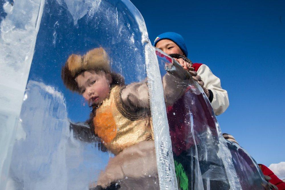 mongolia-ice-festival08.jpg