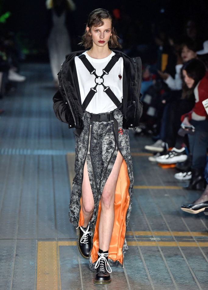 growing-pains-tokyo-fashion-week-fall-2017-collection-photos-17.jpg