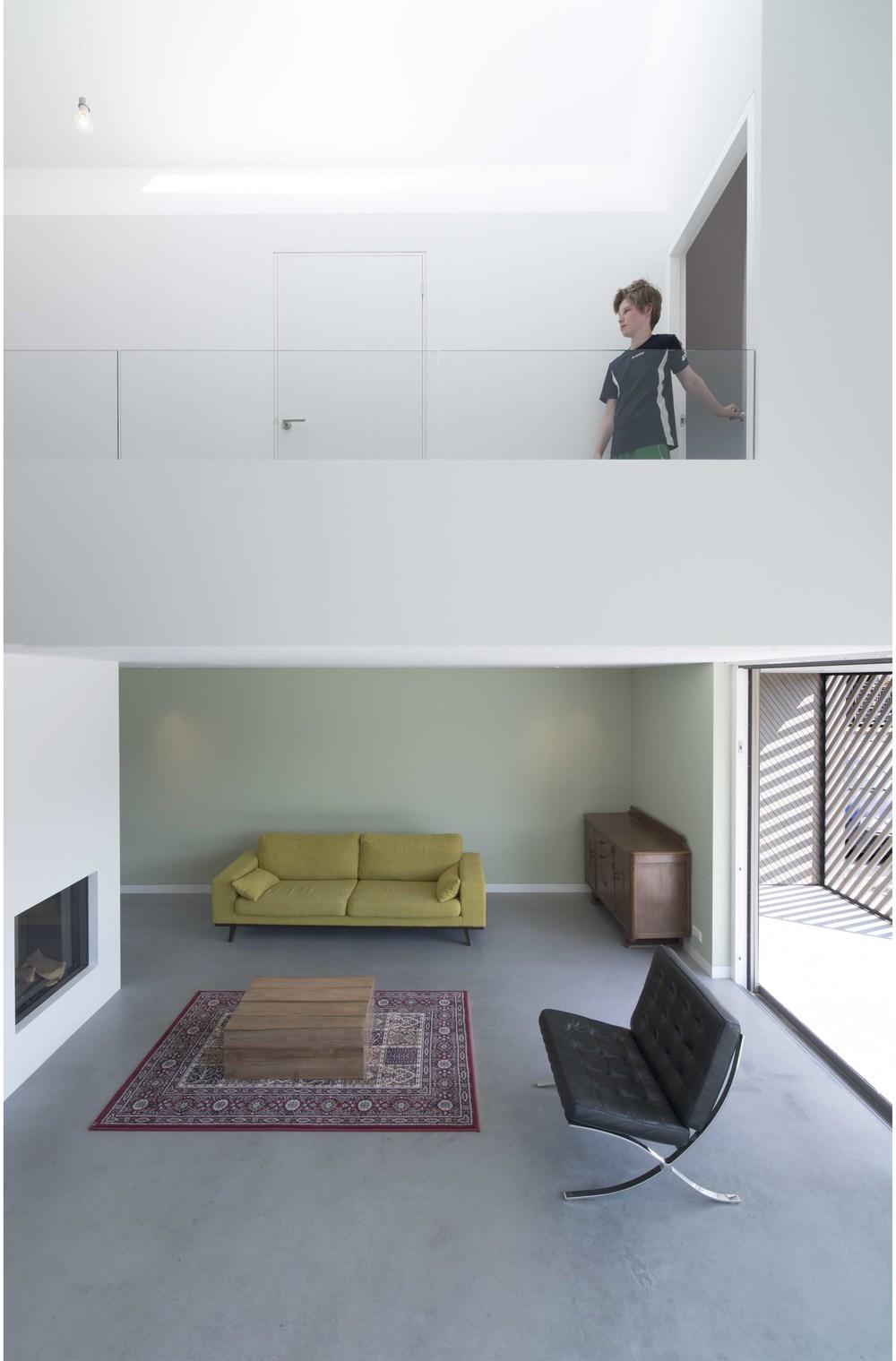 HOUSE W 11.jpg
