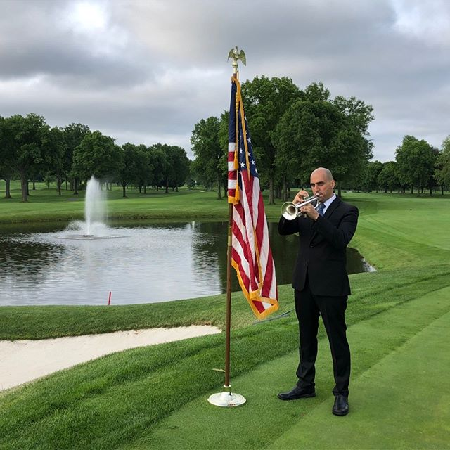 Remembering those who served our country before club members were teeing off at the Upper Montclair Country Club this morning.  Have a great Memorial Day.  @uppermontclaircc #memorialday #livemusic #uppermontclaircc