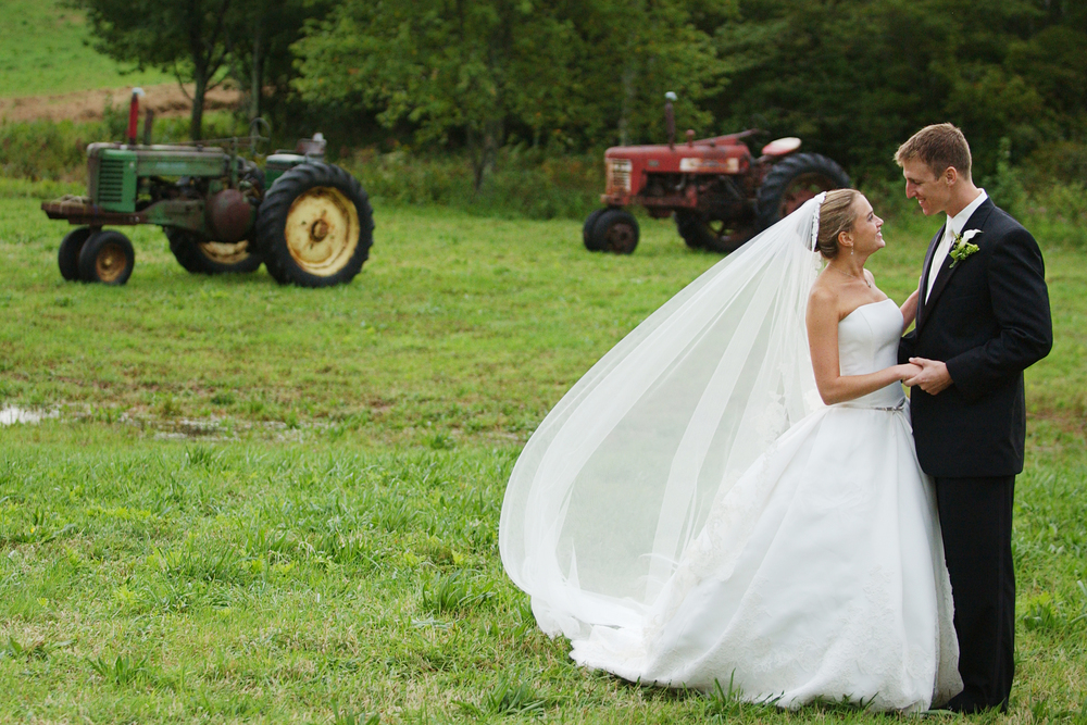 CONNECTICUT COUNTRY WEDDING