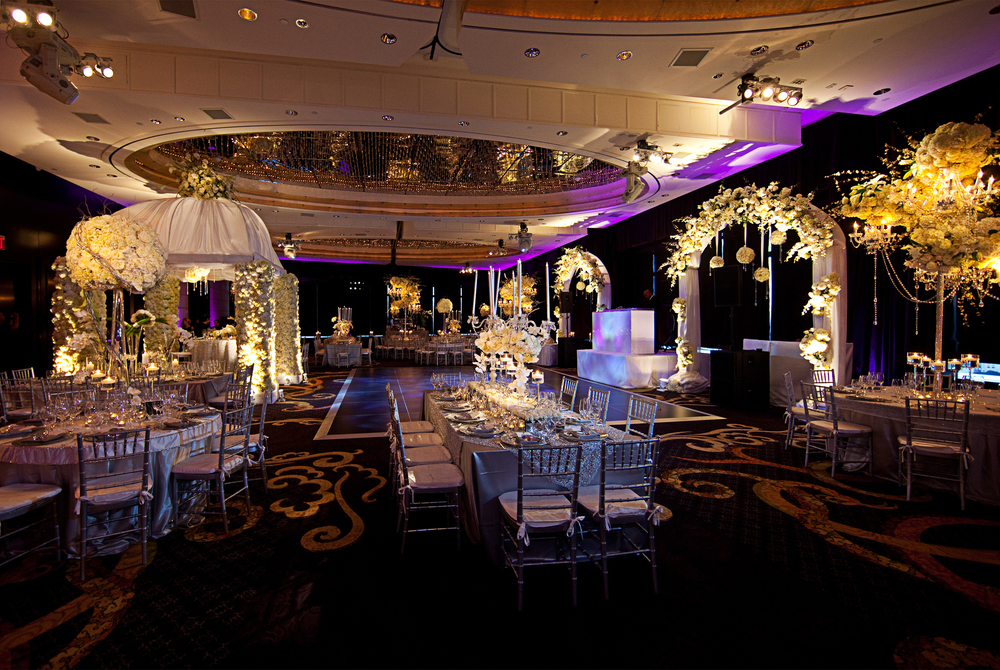 RECEPTION GRANDEUR
