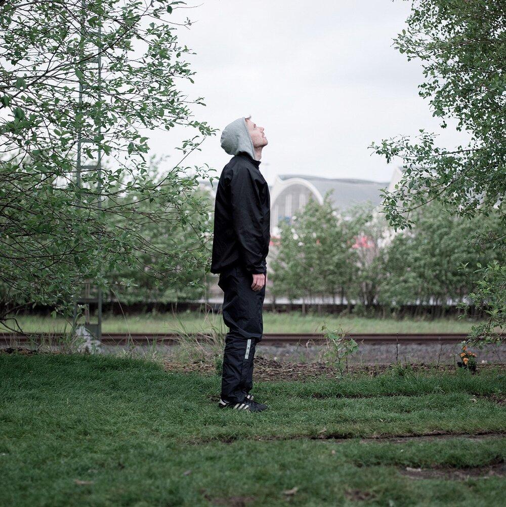 TR14-behind garden-016019-2.jpg