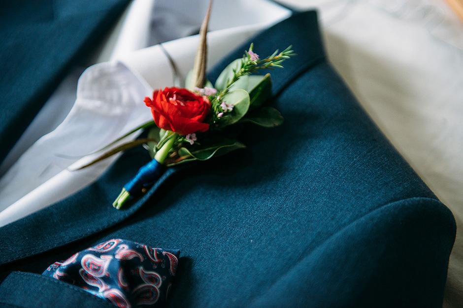 053- Willie Runei - Knit Together.jpg