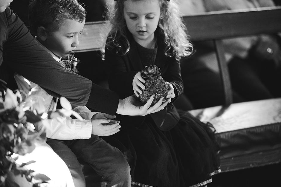 080- Willie Runei - Knit Together.jpg