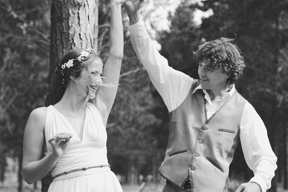 16 - Josh & Elizabeth - Knit Together.jpg