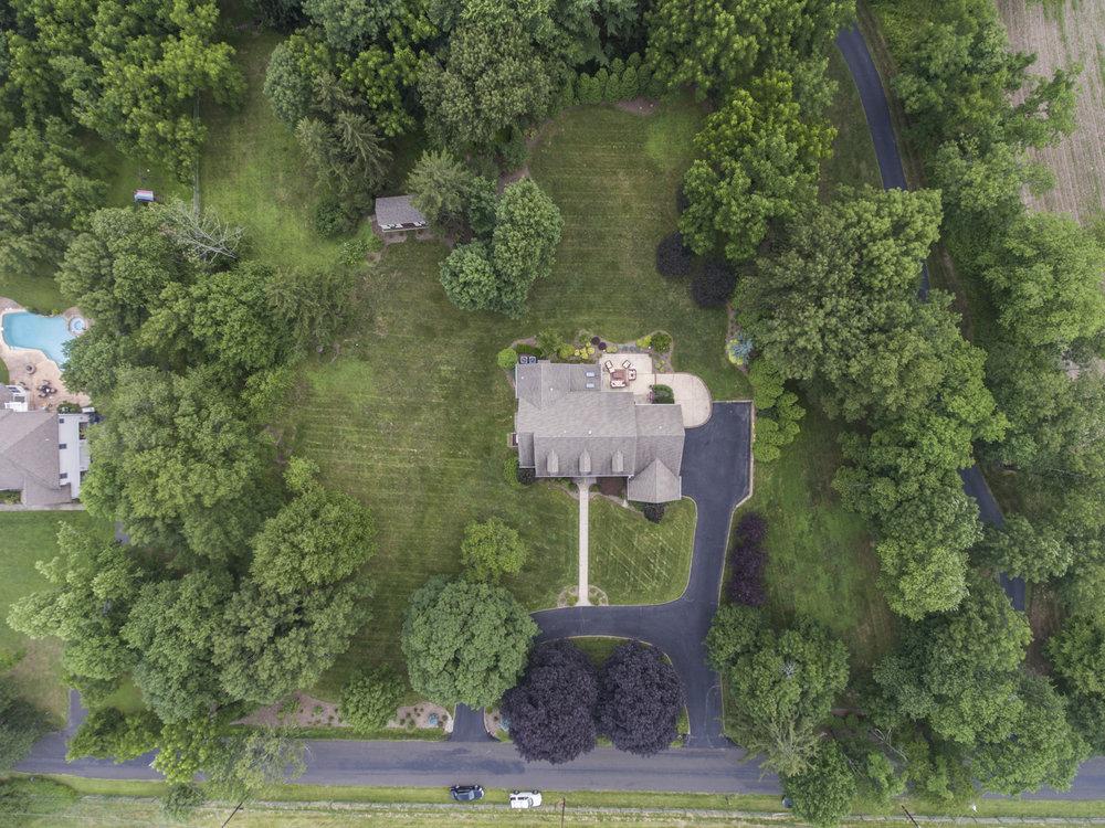 2619 Valley Rd Drone_alcovemedia2.jpg