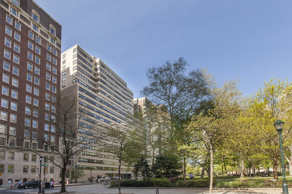 MLS 1806-18 Rittenhouse Sq Unit 31130.jpg