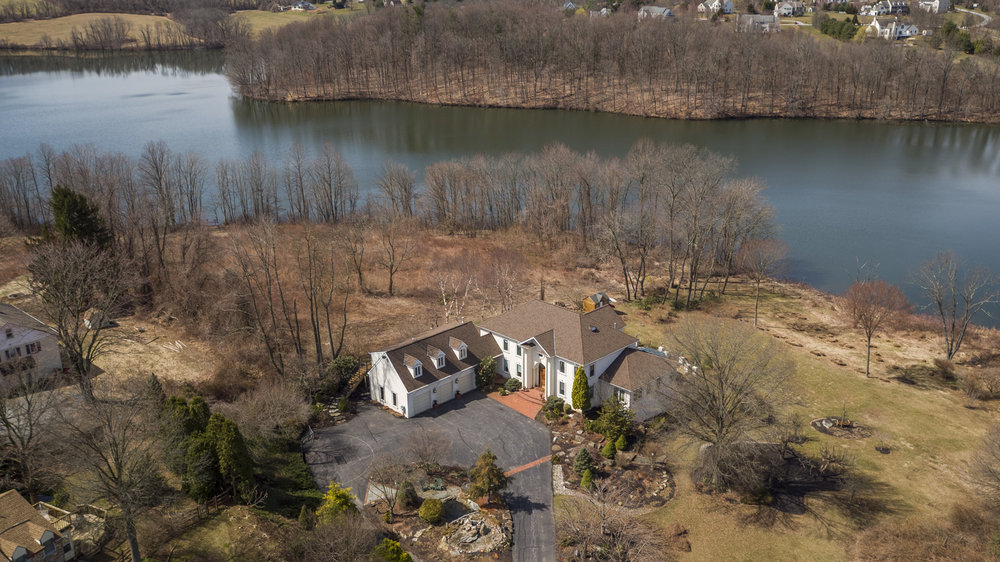 4 Matisse Dr - Downingtown, PA