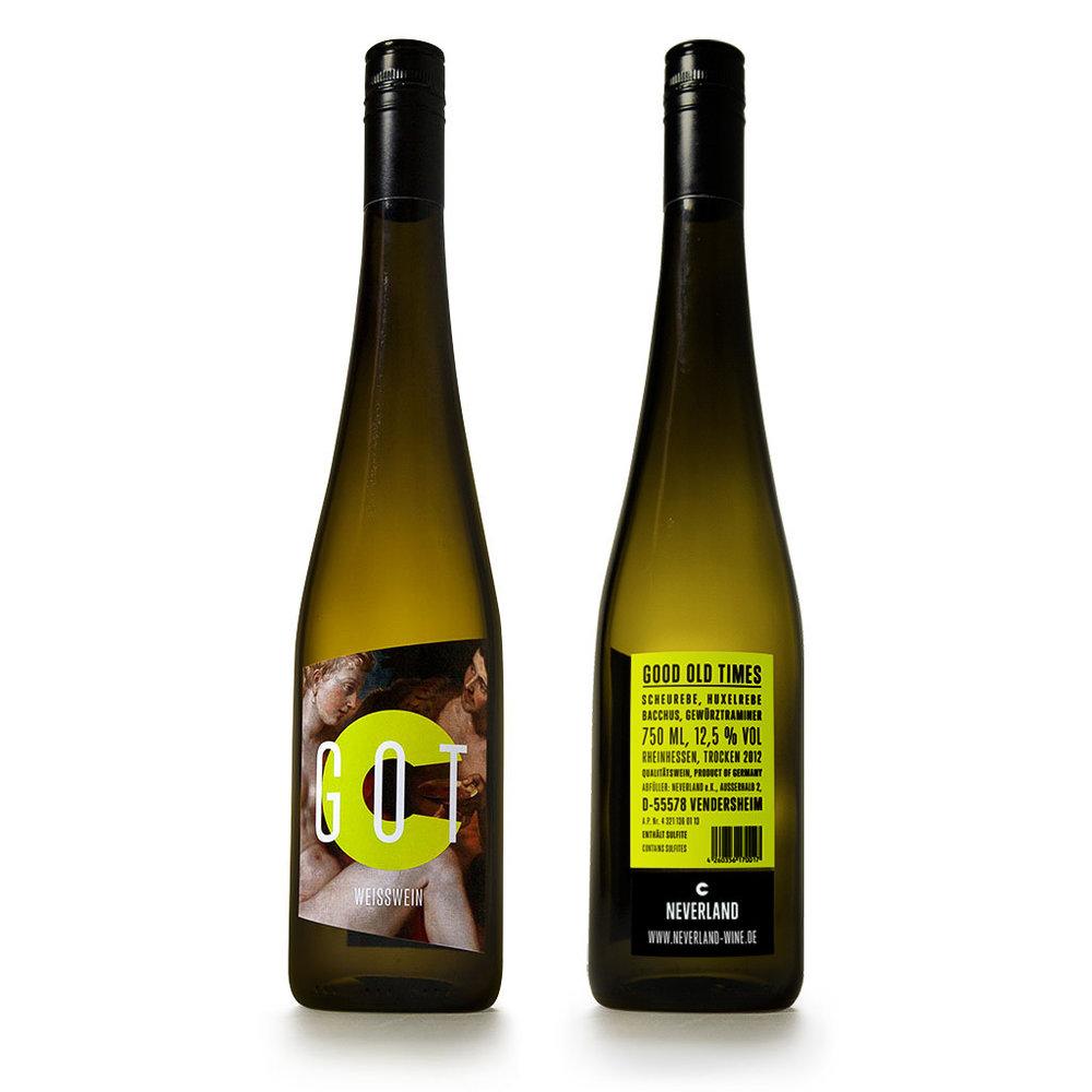 """Weil ich meinen Wein immer nach Design aussuche darf natürlich dieser wunderbare Wein von """"Neverland Wine"""" nicht fehlen. Sieht nicht nur gut aus - schmeckt auch krass gut."""