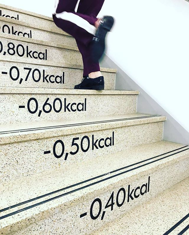 There are not enough stairs for the amount of food I consume everyday. That's why Im sweating during my @becycleberlin courses every week. #earnyourbooze - Repost from @hudsonsbaynl 🙏 #workout #calories #foodblogger #berlinfoodie #eating #feasting #cooking #gourmet #lifestyle #notfearingthecalories