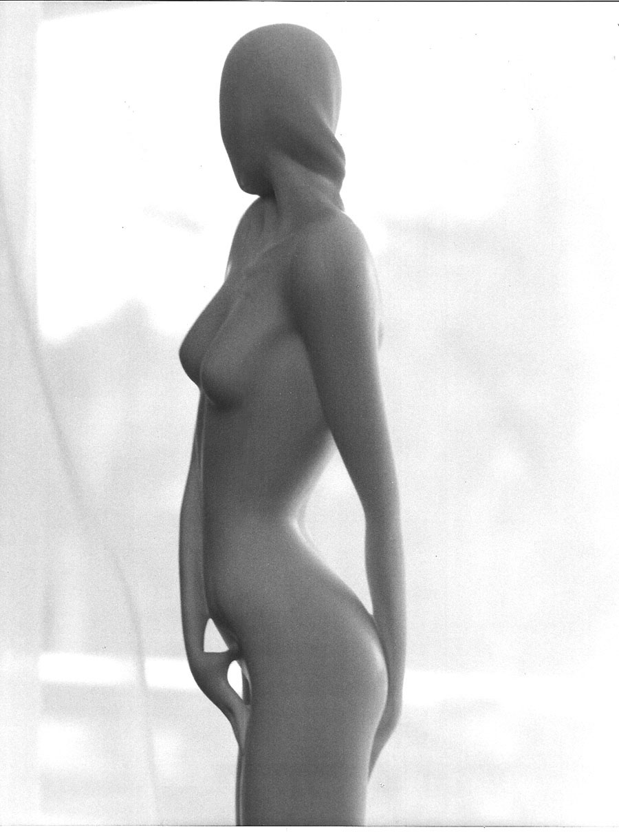 woman S01-85.jpg
