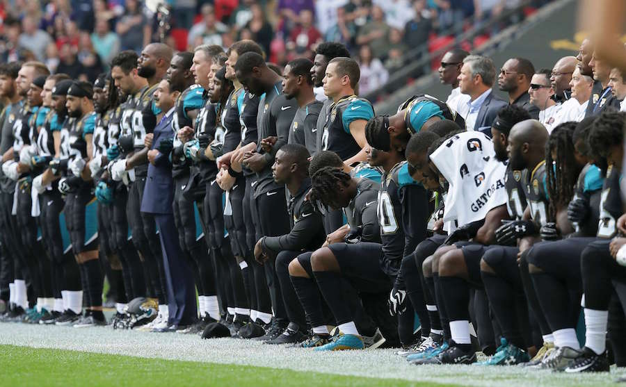 jacksonville-jaguars-kneeling-protest-1-ap-jt-170924.jpg