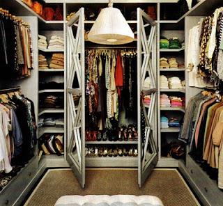 closetdomeva.jpeg