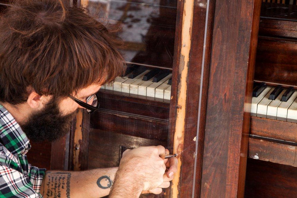 Piano window repair
