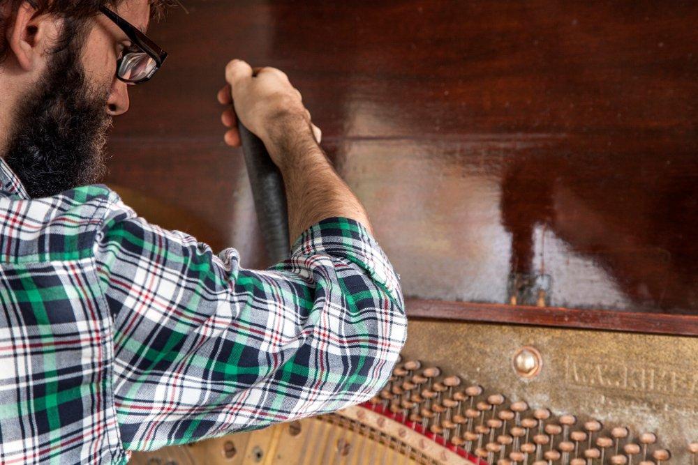 Ryan Peterson piano tuning