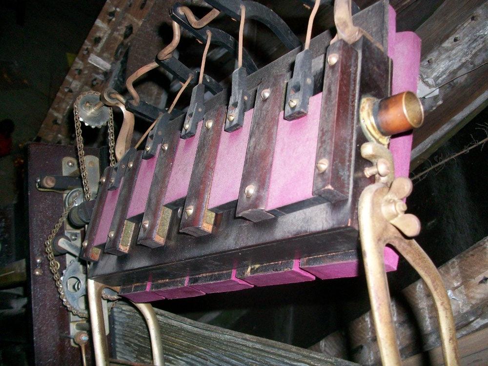 The wind motor.