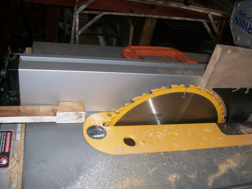 milton player key table saw