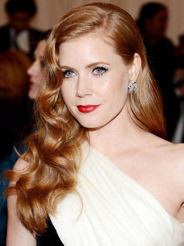 amy_adams_caravan_salon_pin_up_curls_old_glamour_how_to_be_a_redhead1.jpg