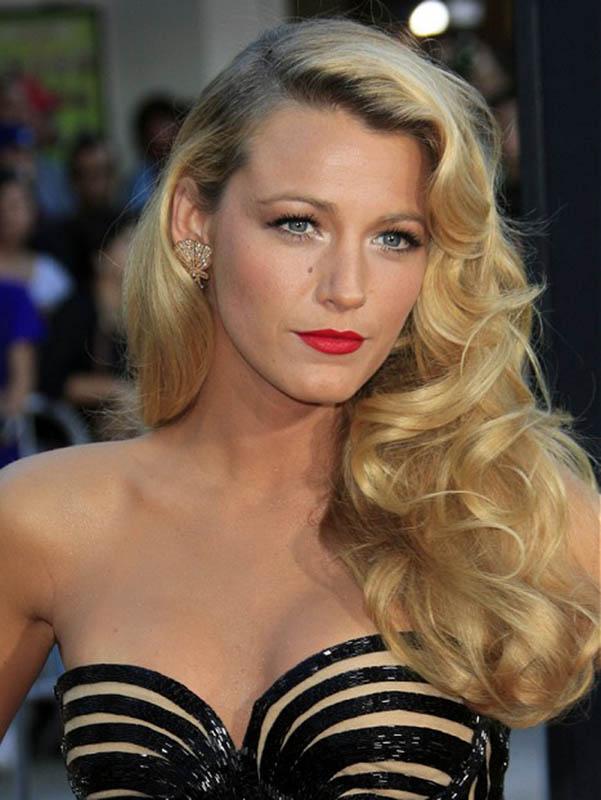 Celebrity Hairstyles-long-blonde-curly-hairstyles.jpg