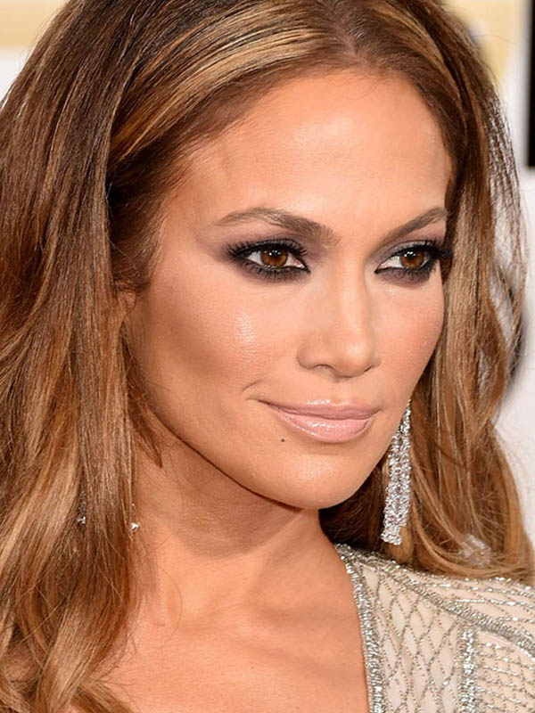 Jennifer-Lopez-72nd-Annual-Golden-Globe-Awards-January-11-2015-016.jpg