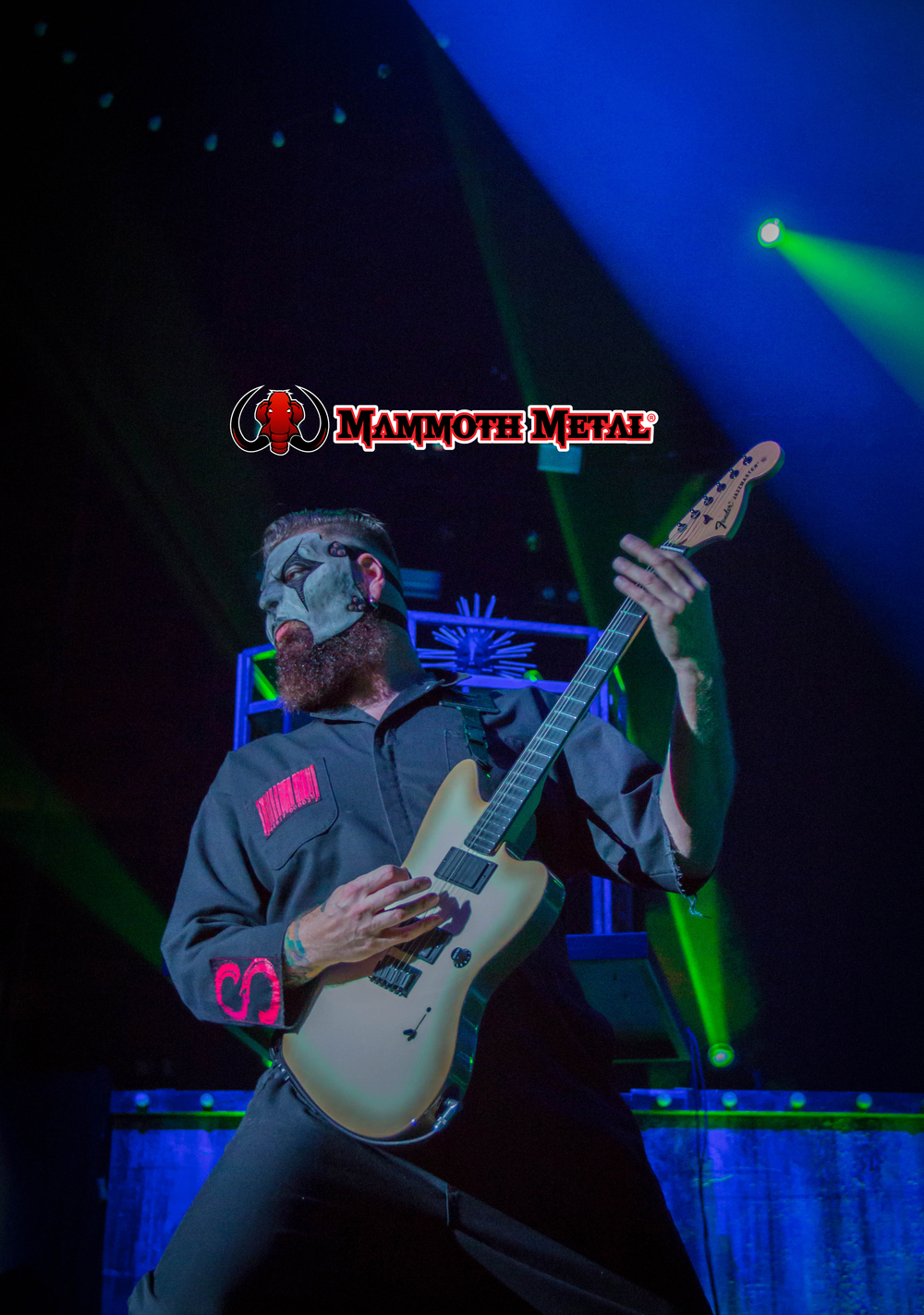 Jim Root slays    photo: David Burke