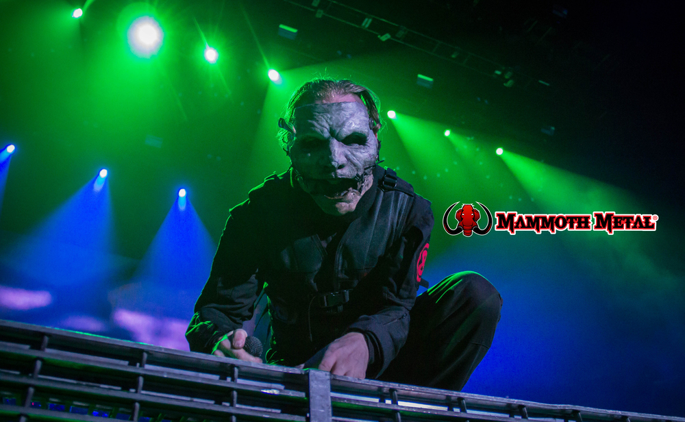 Corey Taylor showing Mammoth Metal some Love    photo: David Burke
