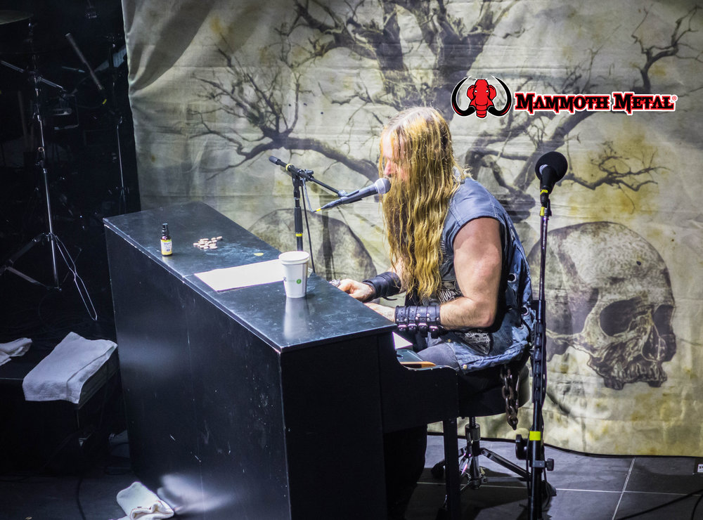 Zakk tickling the ivories    photo: David Burke