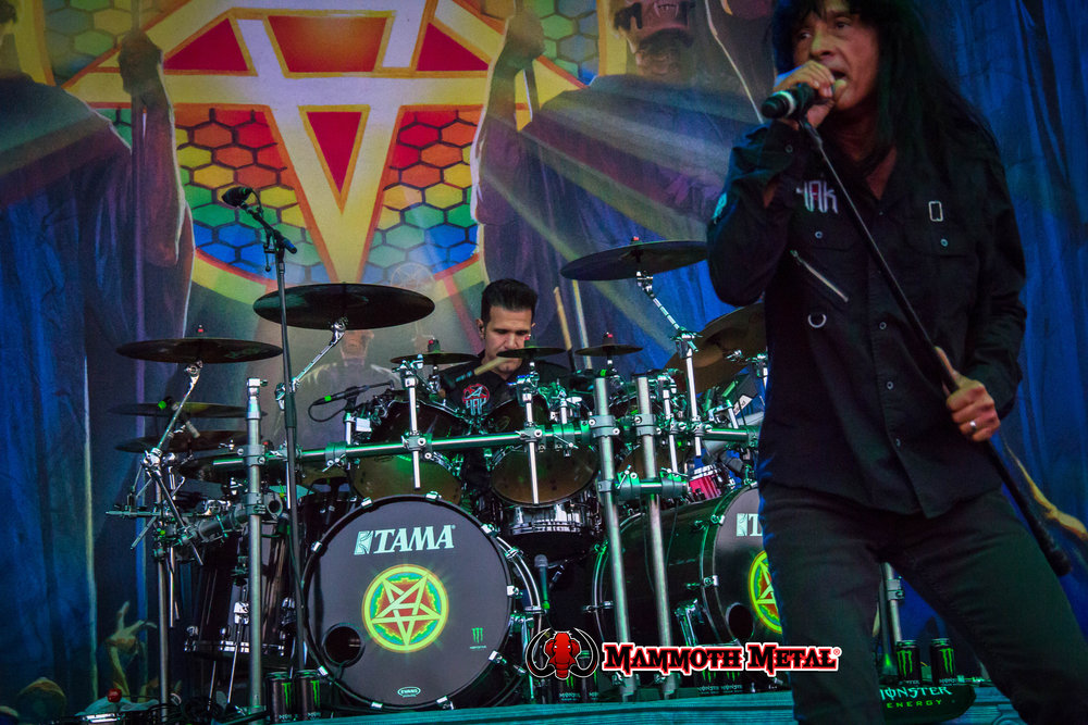 Charlie Benante and Joey Belladonna    photo: David Burke