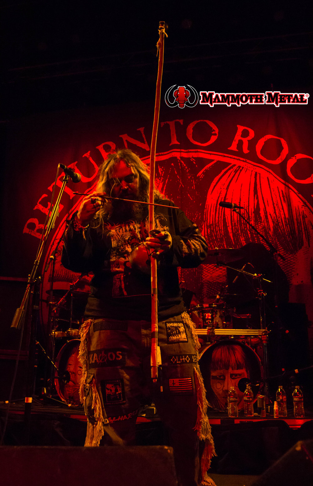 "Max Cavalera ""Can you dig it!!!""    photo: David Burke"
