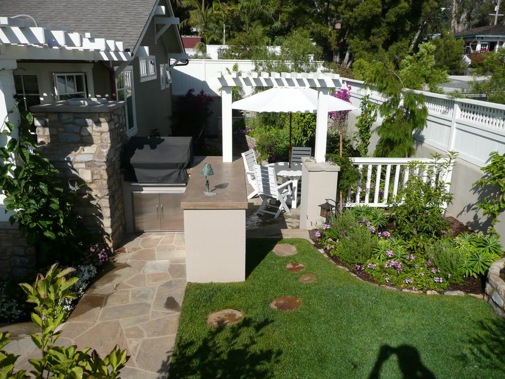 6-351 Backyard Garden.JPG