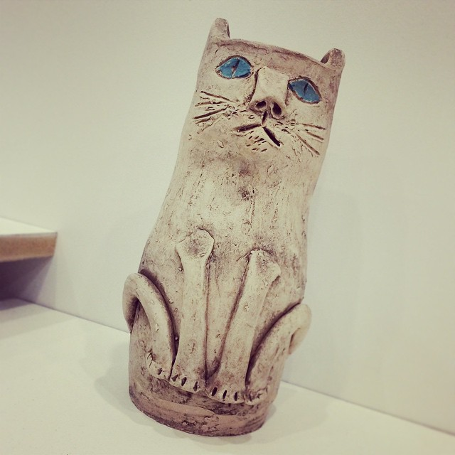 #kitty #art #NYC … A photo especially for @heaveniscoveredinfur #independentprojects  (at Station Independent Projects)
