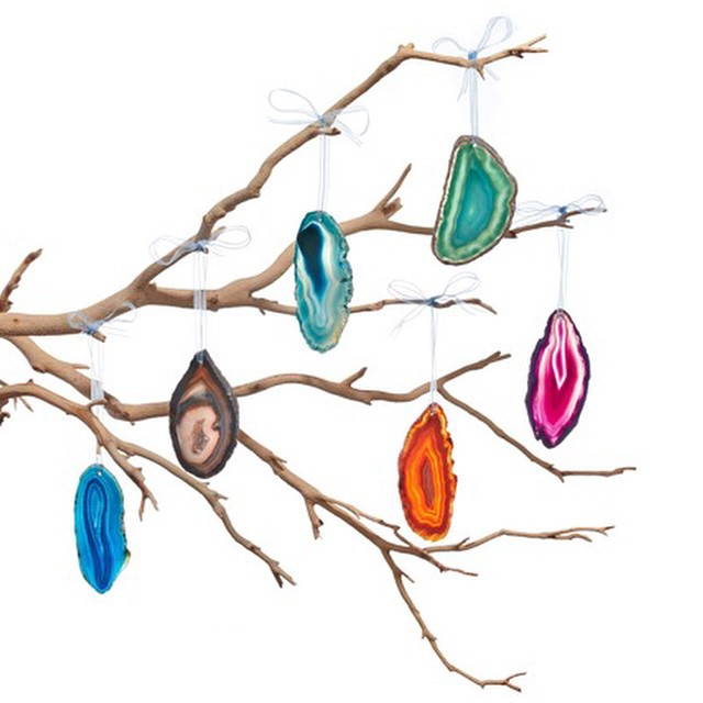Getting ready for the holidays? These gorgeous hand-polished #agate stone #ornaments make a perfect #gift or #decoration for your home. @rablabs #rablabs #luxury #home #holiday #decor #christmas #interiors (at New York City)