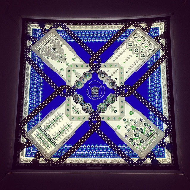 #hermes #scarf #nyc #madison #fashion  (at Hermes Boutique Madison)