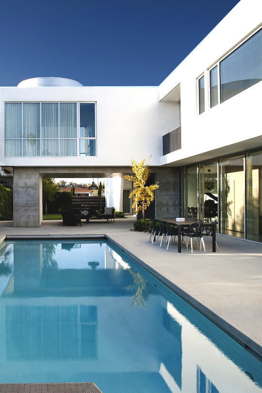 livingpursuit :      Modern Family Home |  Dennis Gibbens Architects