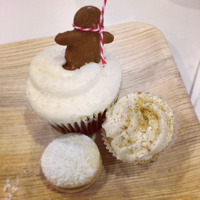 @sweetsbyolivia soo yummy!! #NYC #cupcakes #holiday #lhcworkshops (at The Lofts at Prince)