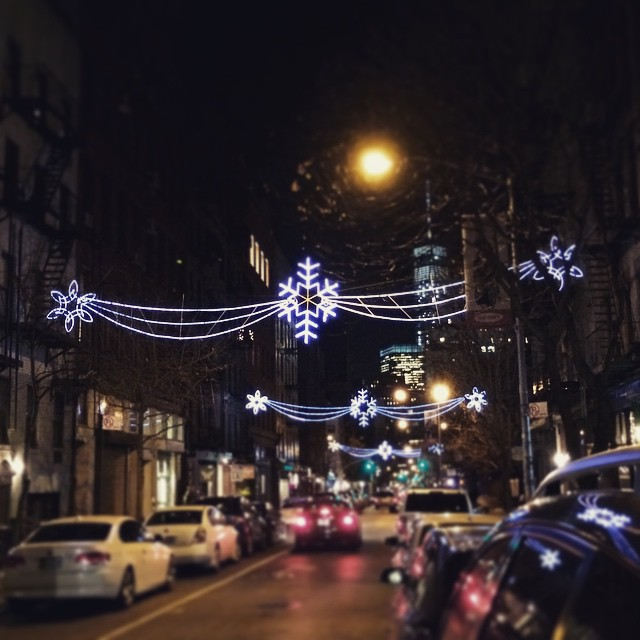 #holiday #lights Greenwich village #NYC (at Omen)