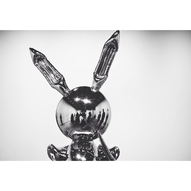 "whitneymuseum: ""Some commentators have talked about the Rabbit as a spaceman. Others have seen him as the Playboy bunny, or an orator holding up a microphone where the carrot is."" —Jeff Koons: A Retrospective curator Scott Rothkopf on Rabbit (1986)."