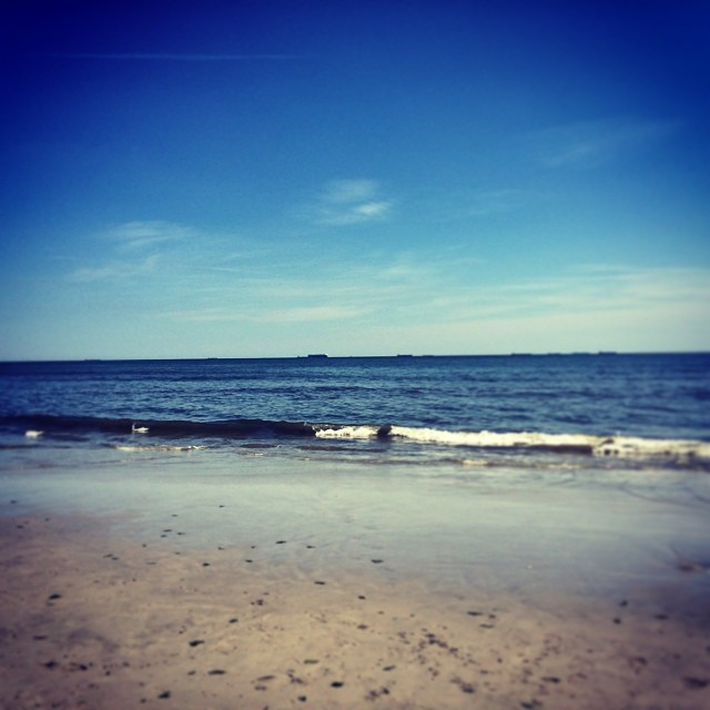 Sunny #summer beach day! #nyc #friends (at Long Beach, Long Island, NY)