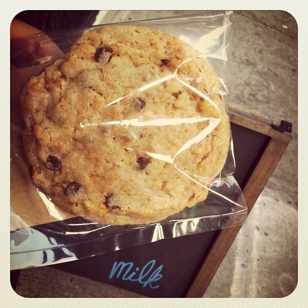 Cornflake Chocolate chip marshmallow cookie @momofuku milk bar … Best cookie ever! Amazing!!! (at Momofuku Milk Bar)