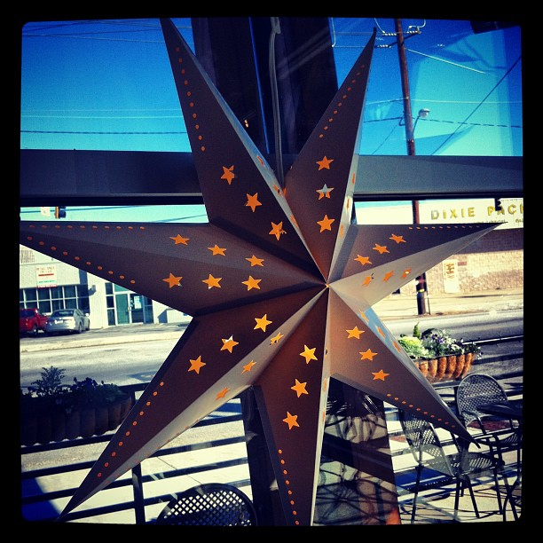 Pretty Stars @ west & mill bistro (at West&Mill Bistro Bar)