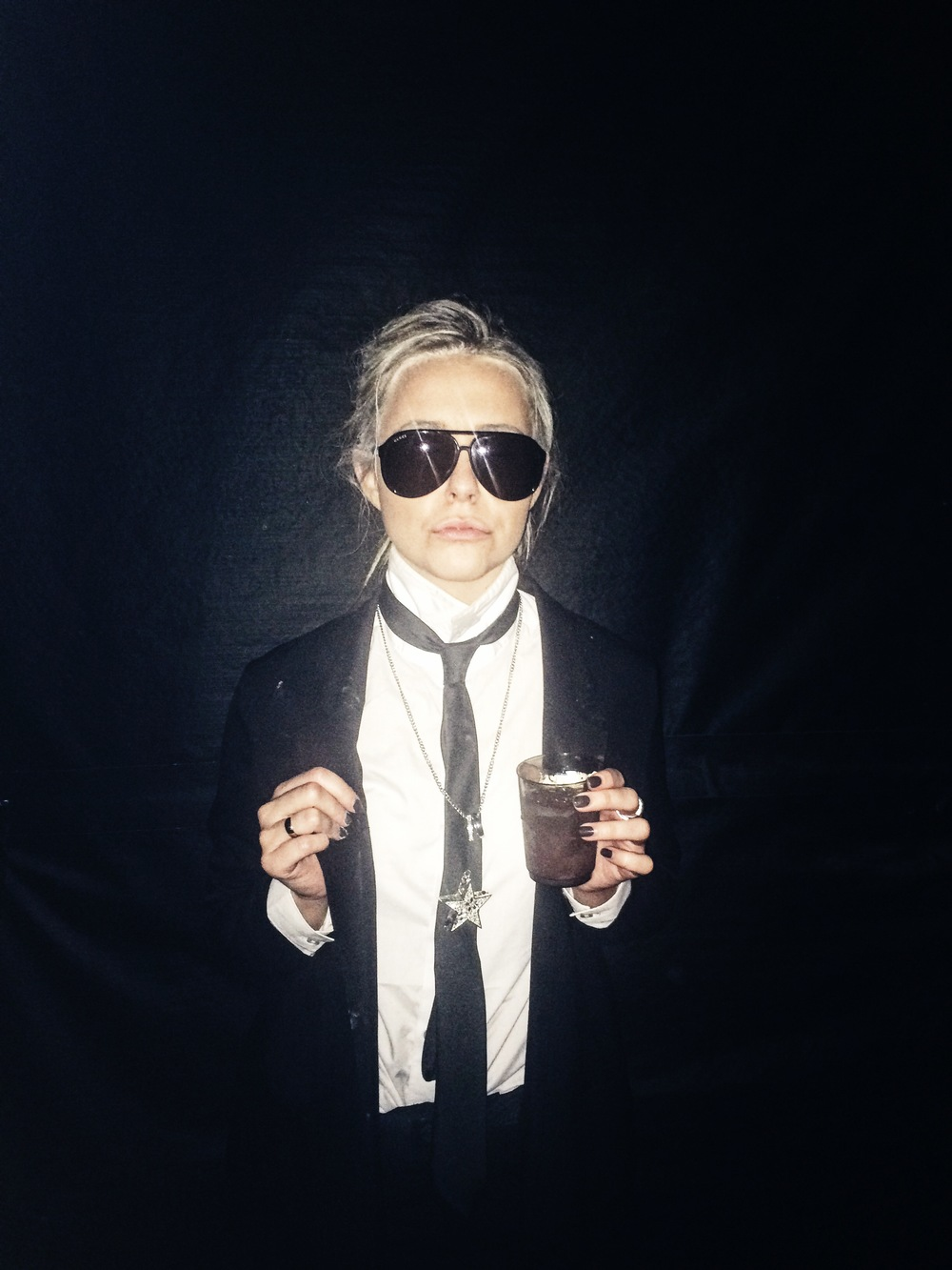 Karl Lagerfeld // Fit: Gucci sunnies + H&M suit and accessories.