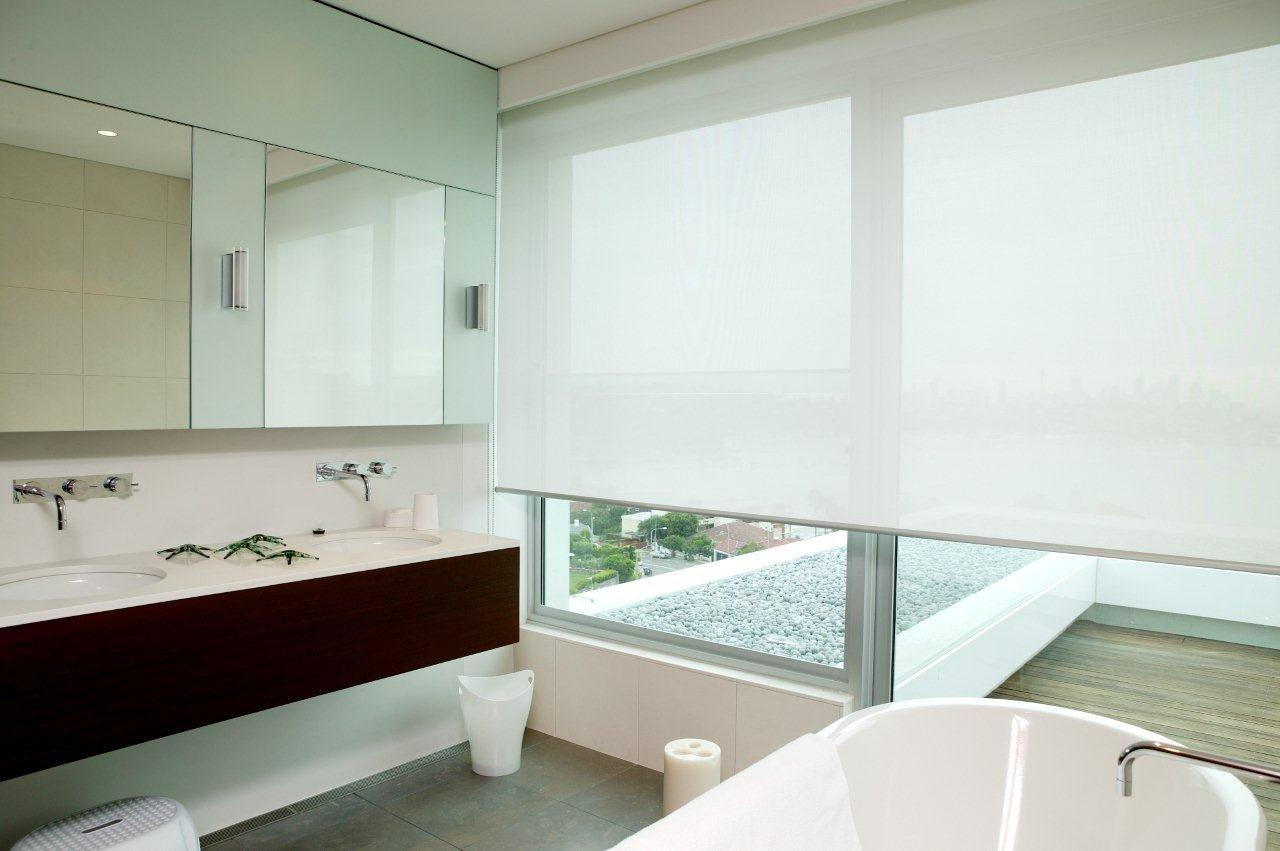 roller blind bathroomjpg best blinds for bathroom82 bathroom