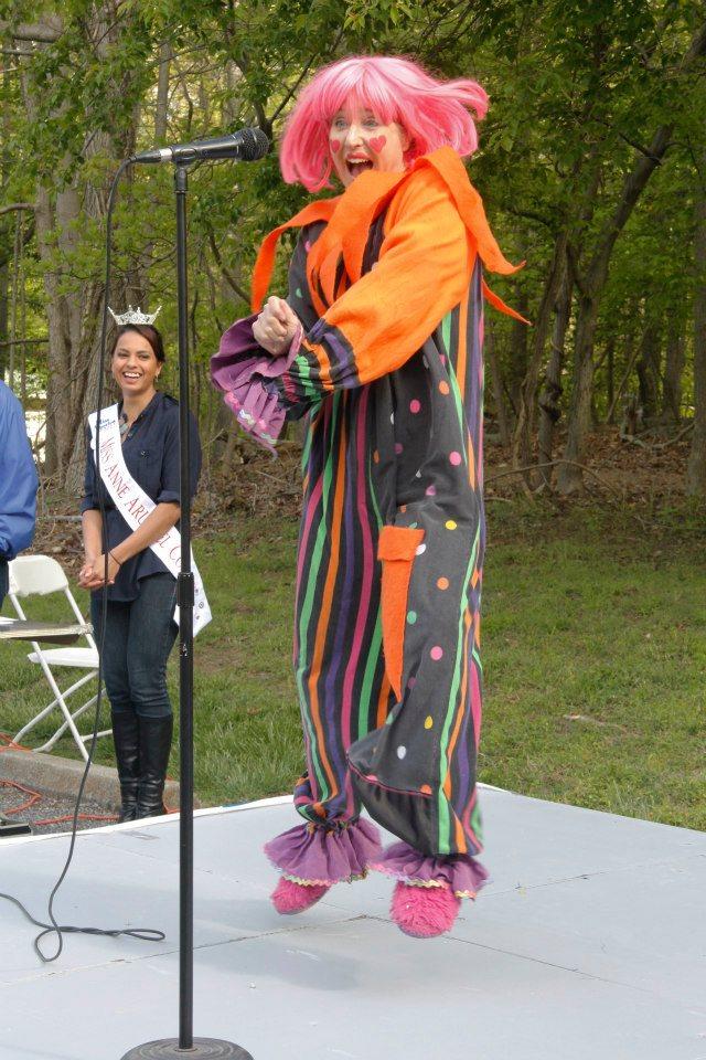 BEE BEE Clown - arthritis