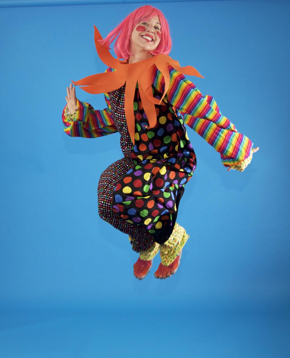beebee-happy-jump.jpg