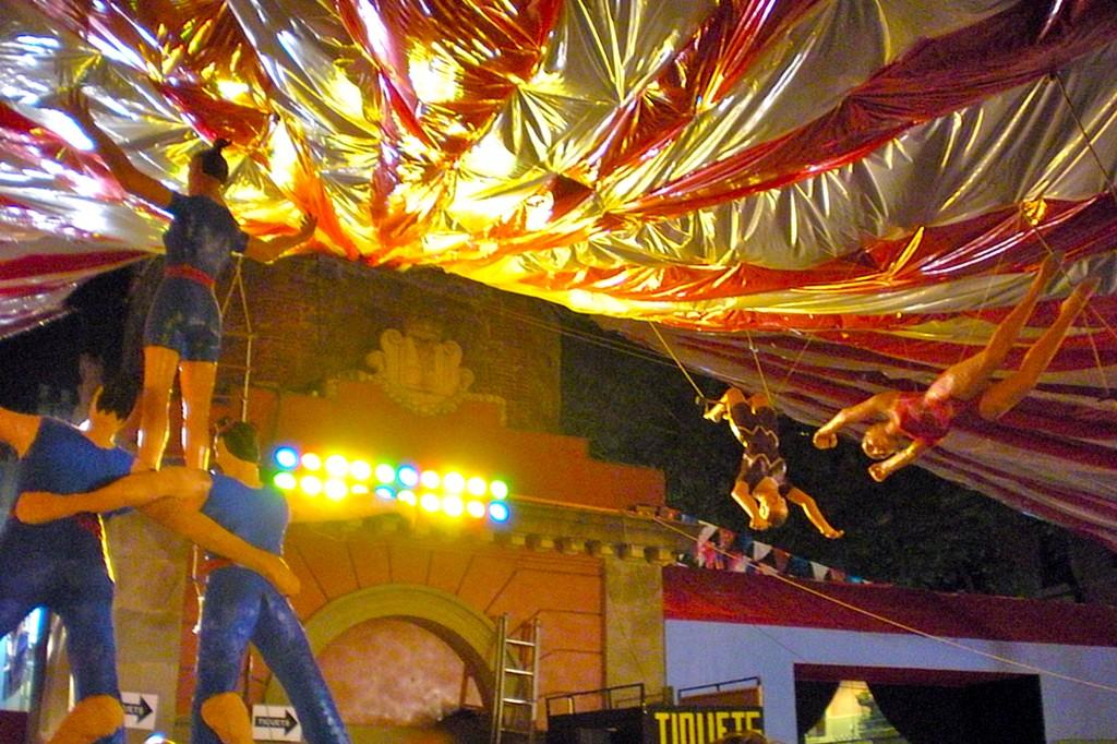 Festa Major de Gràcia - circus, circus