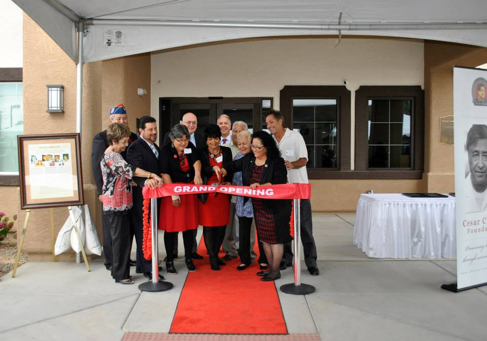 Abeytia Family cutting the ribbon of Paseo Abeytia