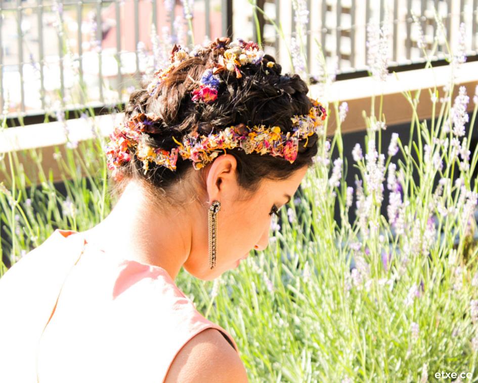 floral hair pins - etxe - flor silvestre photoshoot