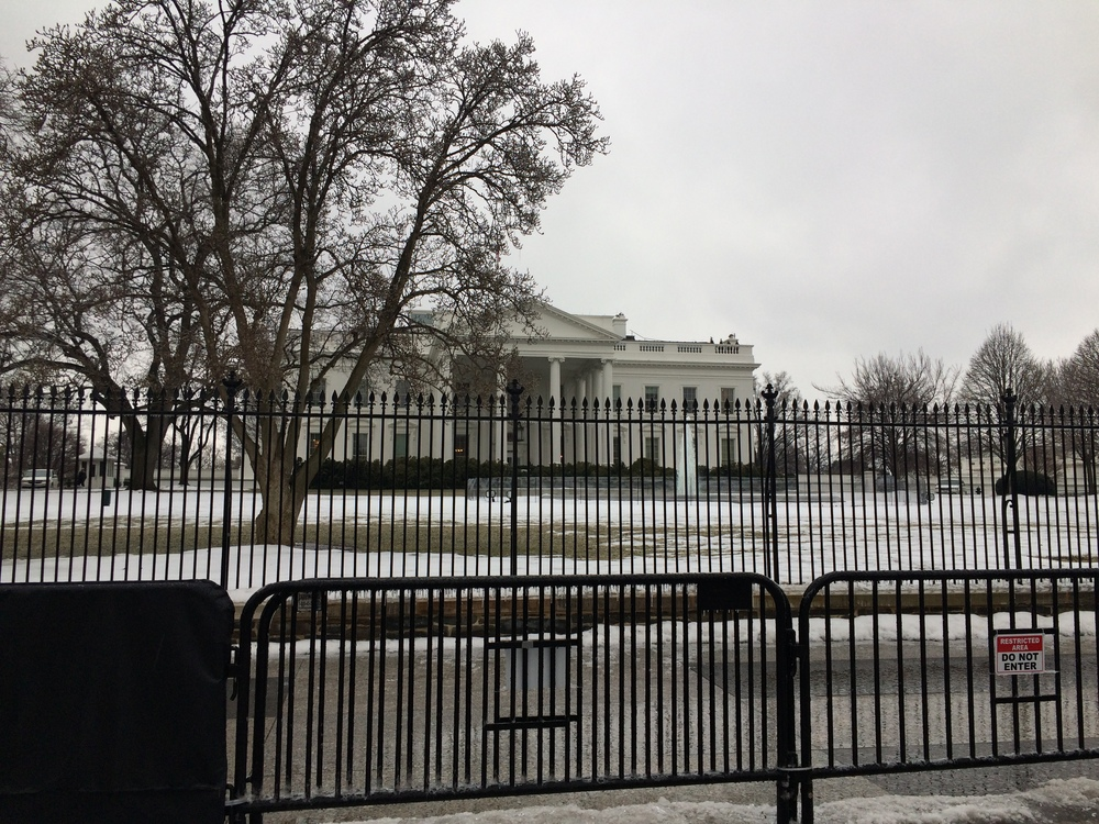 The White House dressed in snow